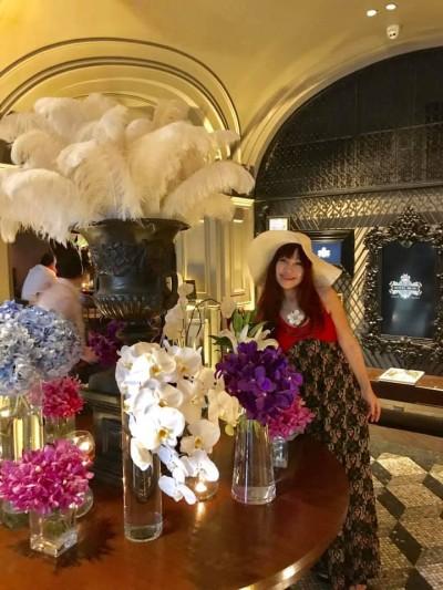 バンコクのイタリアンでは一番と定評があるホテルミューズの入り口は、 いつもこのように華やかです💕